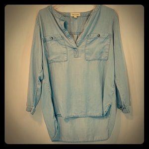 Anthropologie Cloth & Stone Chambray Shirt Size M